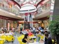 10-08-30_G-de-Kinder_Mediacite-foodcourt